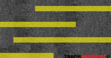 Måste inte lastplatser vara markerade med gula linjer?