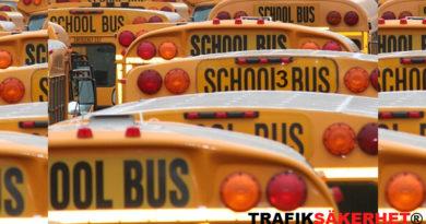 Busstrafik och av, -påstigning. Vad gäller för skolbussen?