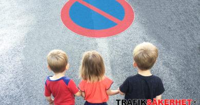 parkeringsförbud lämna barn